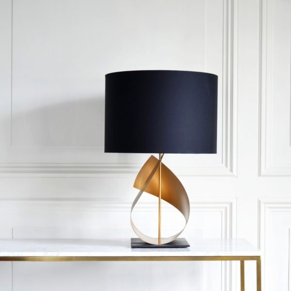 Flux Table Lamp in Gold